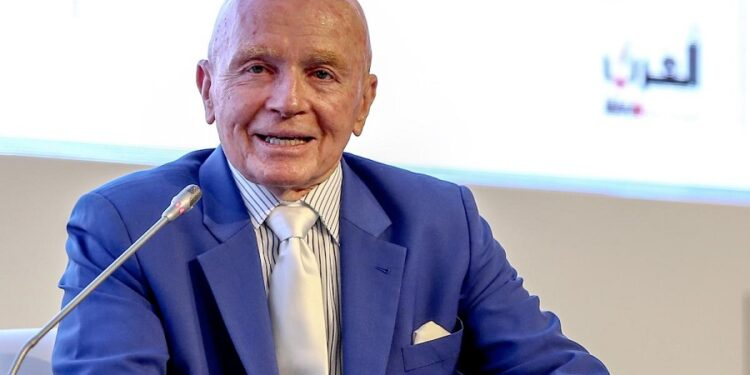 Investors should hold 10% of Gold in their portfolio-Mark Mobius