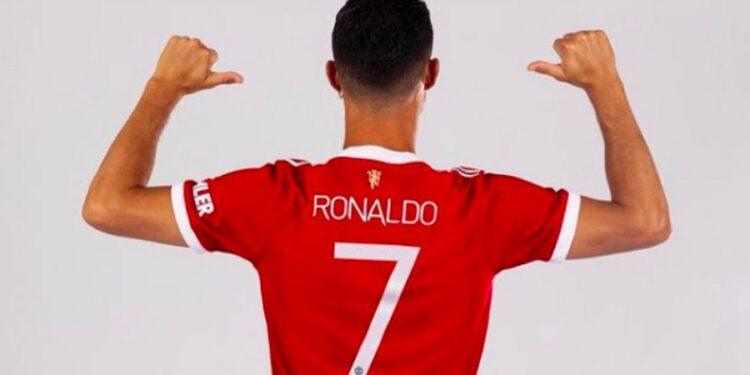 Cristiano Ronaldo's 'No. 7' jersey breaks sales record