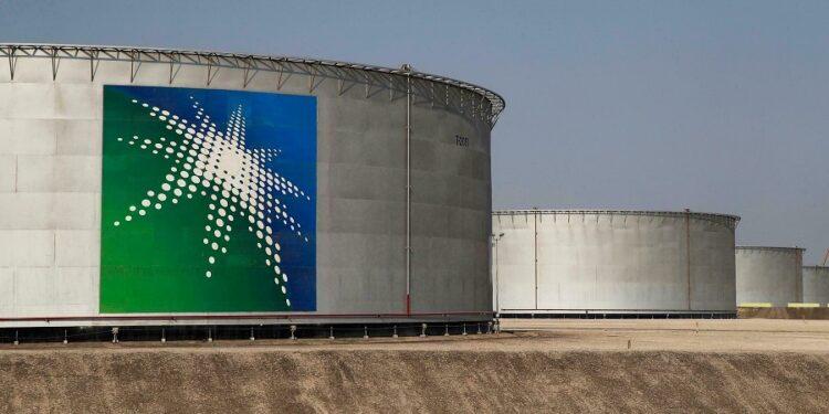 World's biggest oil company, Saudi Aramco is offering discounts amid dwindling demand