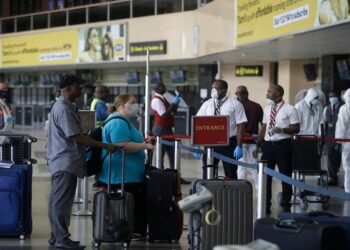 BOP review: Nigerians spend $3.1 billion on foreign travels in 6 months